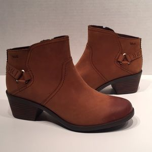 Teva Foxy Short Chestnut Leather Ankle Boots